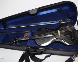 Reparatur an Carbon-Geige