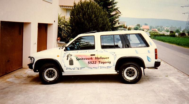 erste Fahrzeugbeschriftung am Firmenwagen