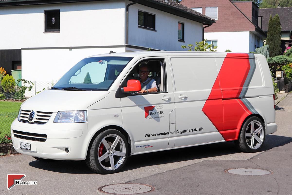 VW Bus Hallauer AG